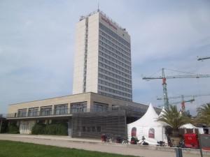 "Potsdam, ehem. ""Interhotel Potsdam"", heute ""Mercure"""
