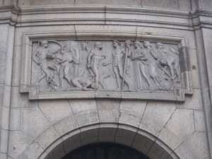 """Berlin-Mitte, Mauerstraße,  """"Die Bringer der Zivilisation"""""""