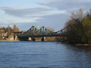 Glienicker Brücke zwischen Berlin und Potsdam