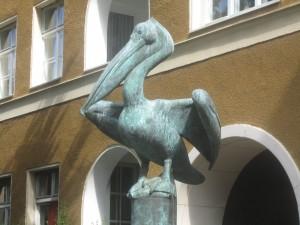 Berlin-Mitte, Claire Waldoff-Straße, Hugenottendenkmal