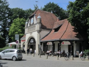 Berlin, S-Bahnhof Grunewald